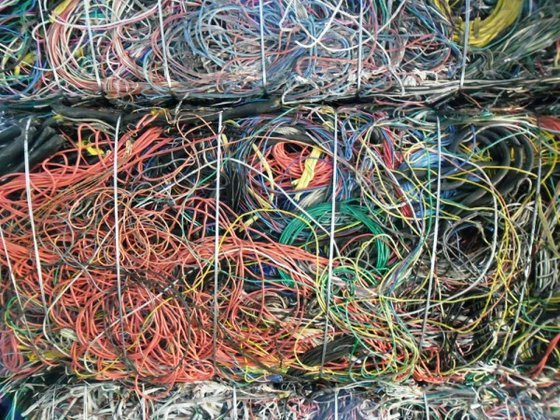 лом кабеля в изоляции